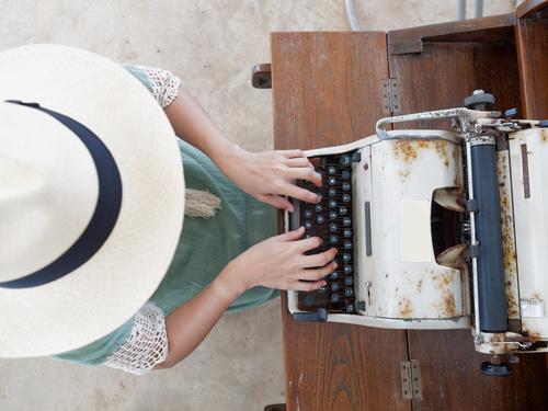 Corporatement Vôtre, rédaction web, création de sites et blogs
